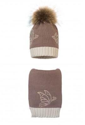 Комплект (шапка и шарф) HATTY  Бабочки (54 см)  Какао с жемчугом (1н/7-9)